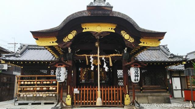 瀧尾神社社殿