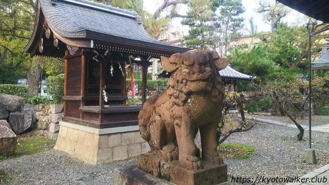桃山天満宮狛犬と境内社