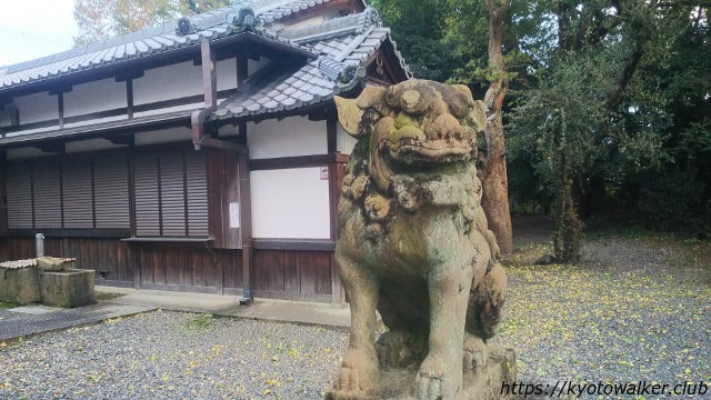 桃山天満宮狛犬と社務所
