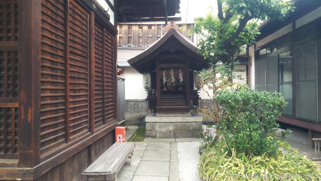 醒ヶ井住吉神社の境内社人丸神社