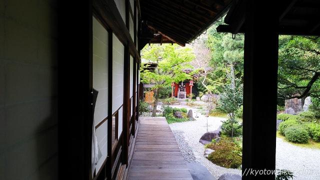 六道珍皇寺 冥土通いの井戸