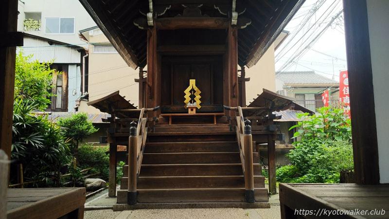 住吉神社本殿