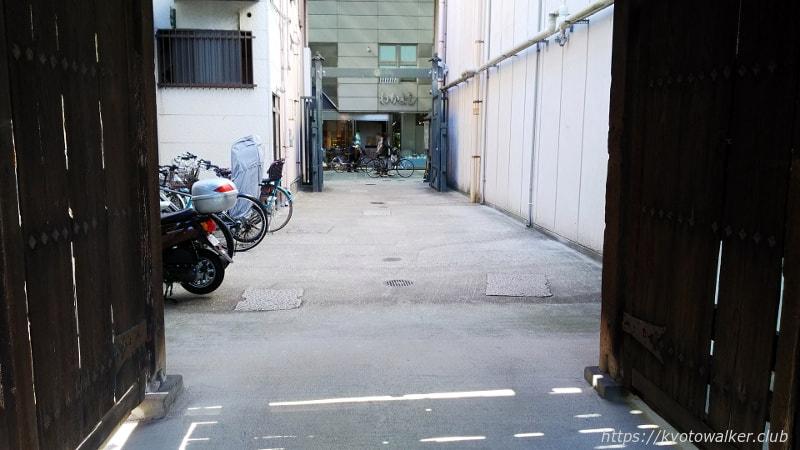 本教寺から見た大手筋商店街20180521