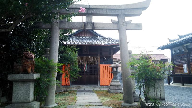 城興寺薬院社