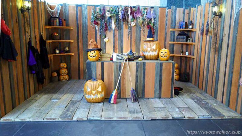 10月のハロウィン関連の展示