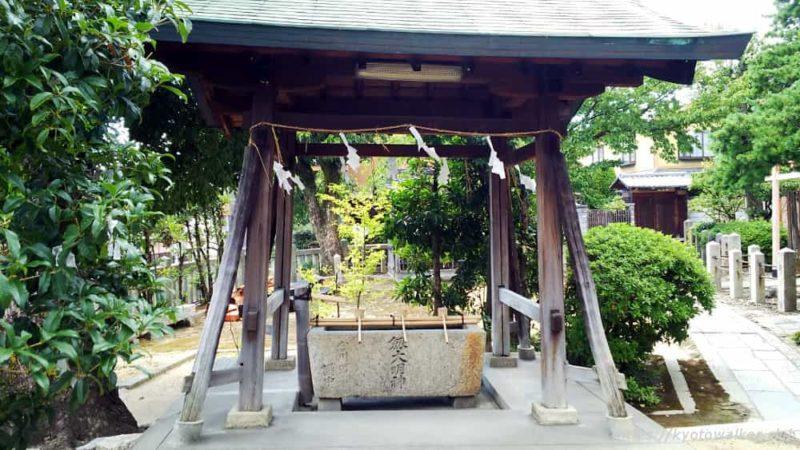 剣神社 手水社