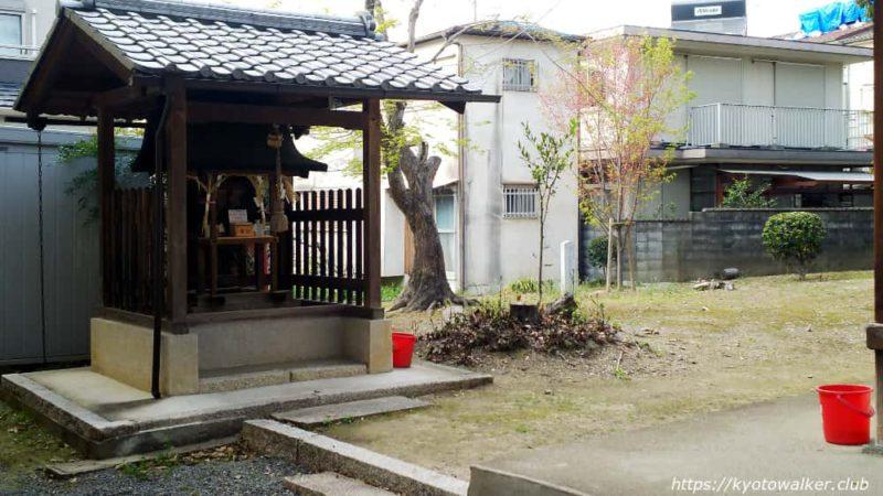 木下神社の境内社