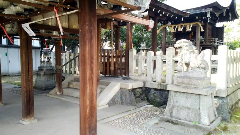 綾戸國中神社の拝所