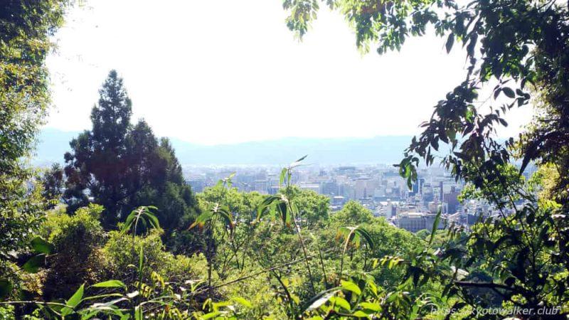 長楽寺山腹の外史橋からの景色