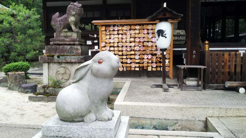 岡崎神社 狛犬と狛兎 20190623