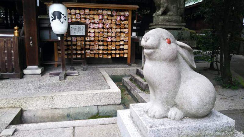 岡崎神社 狛兎 20190623